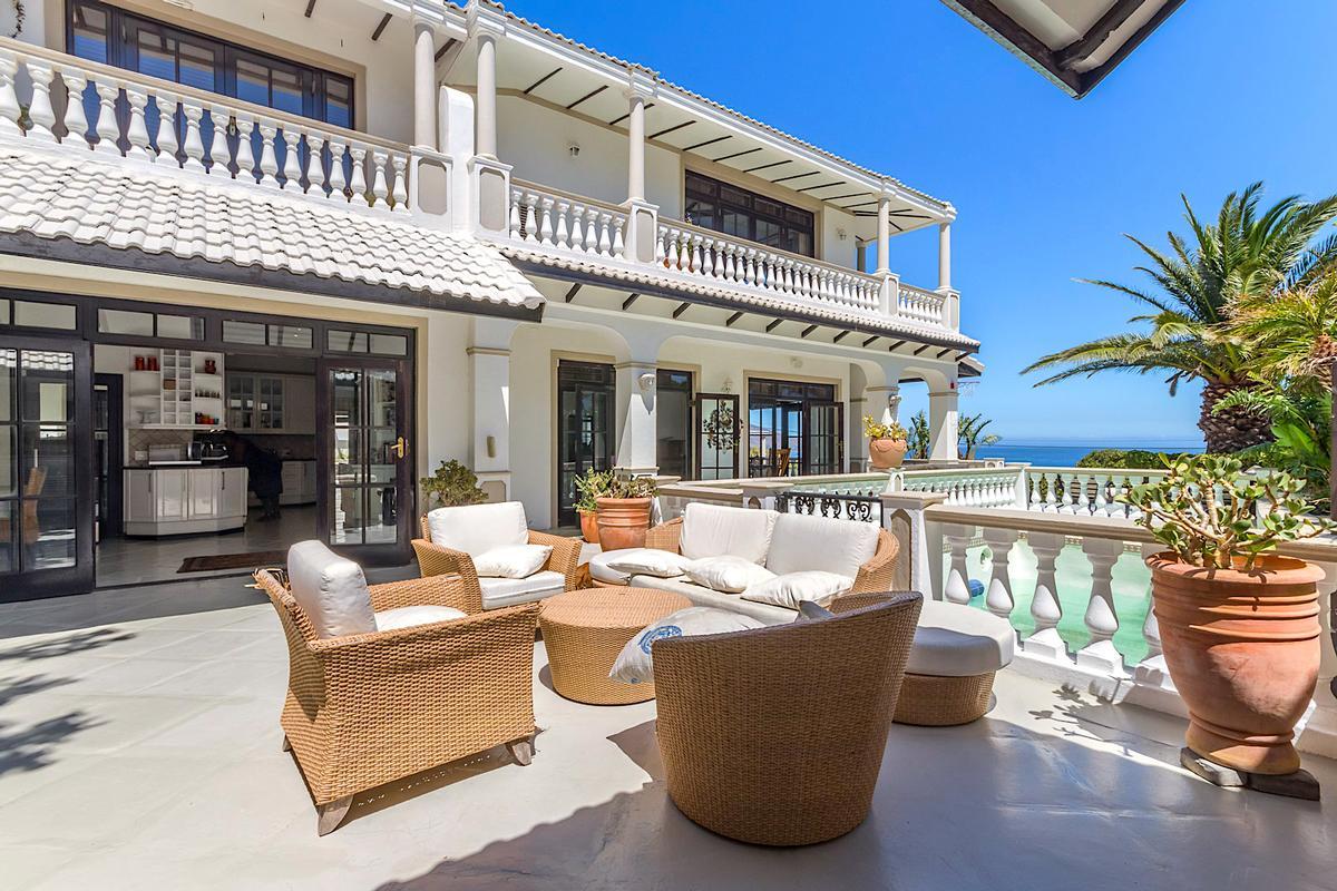 Luxury real estate Breathtaking Presence