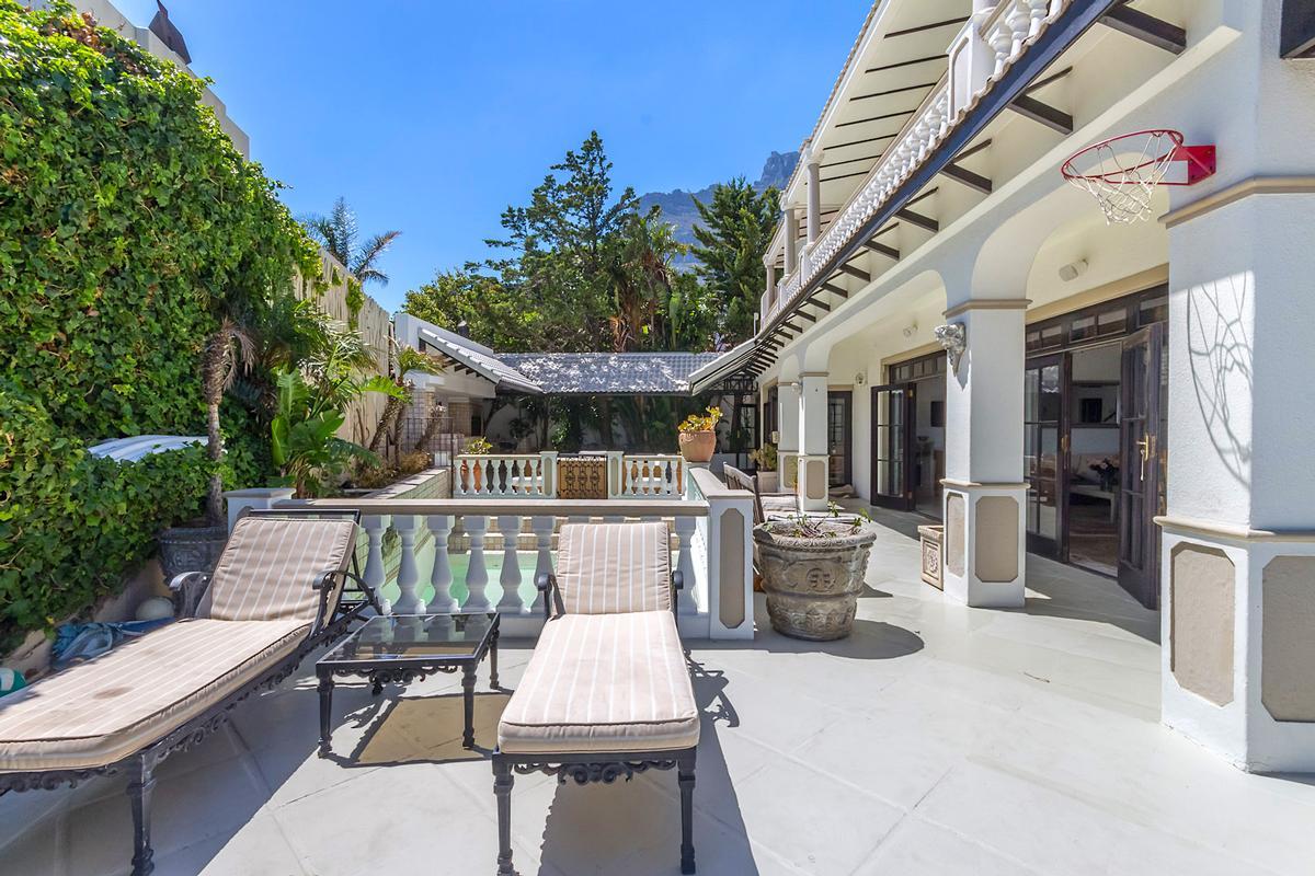 Breathtaking Presence luxury real estate