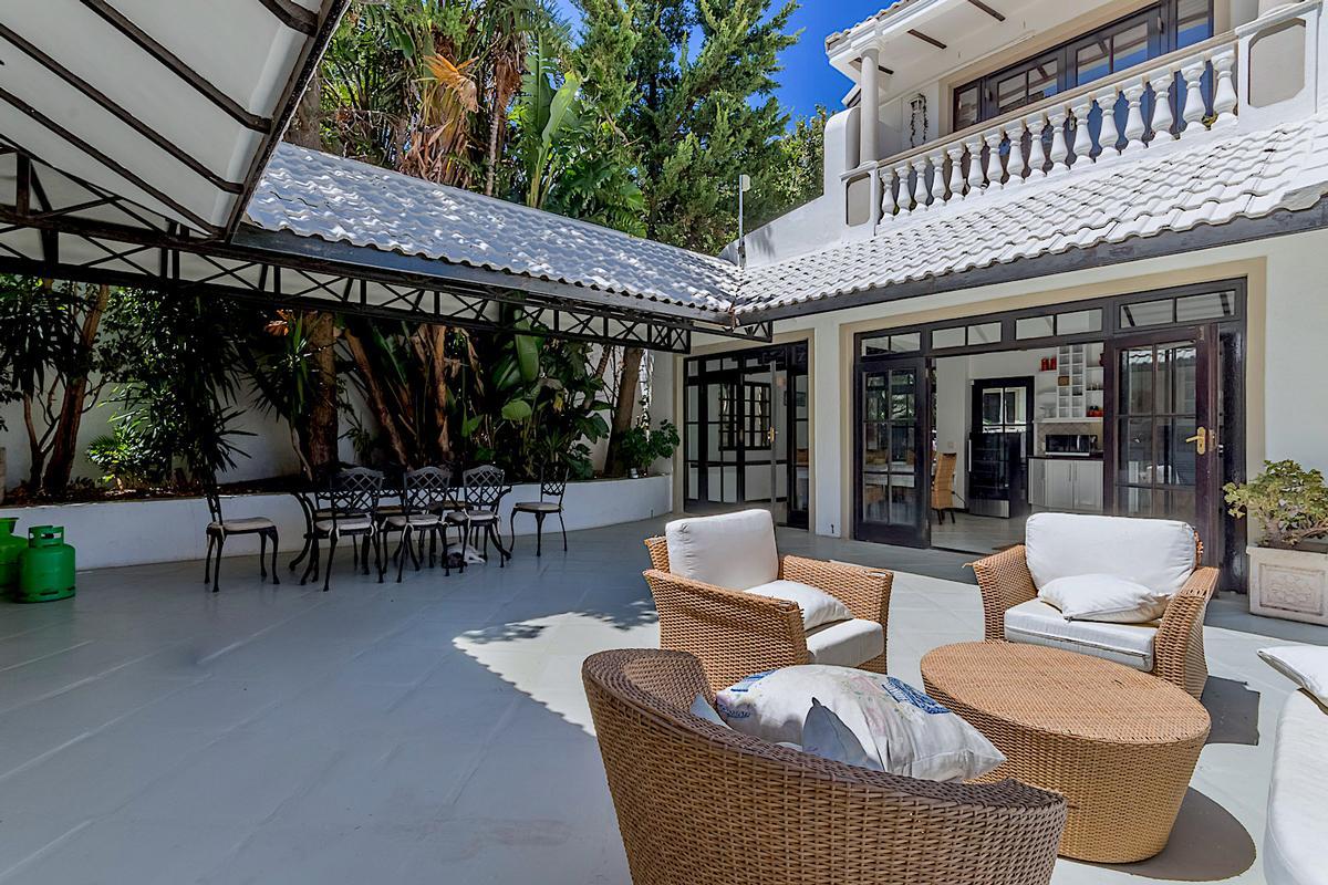 Luxury properties Breathtaking Presence