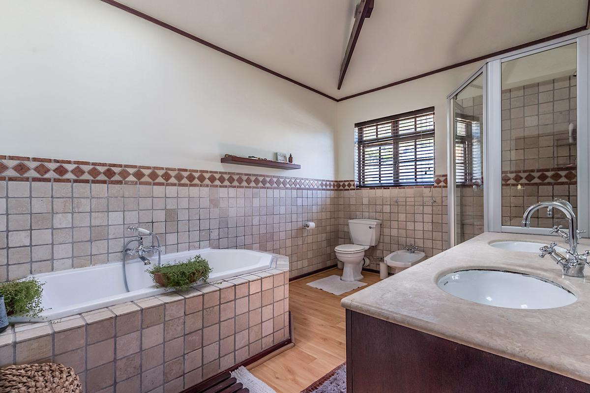Luxury homes Breathtaking Presence