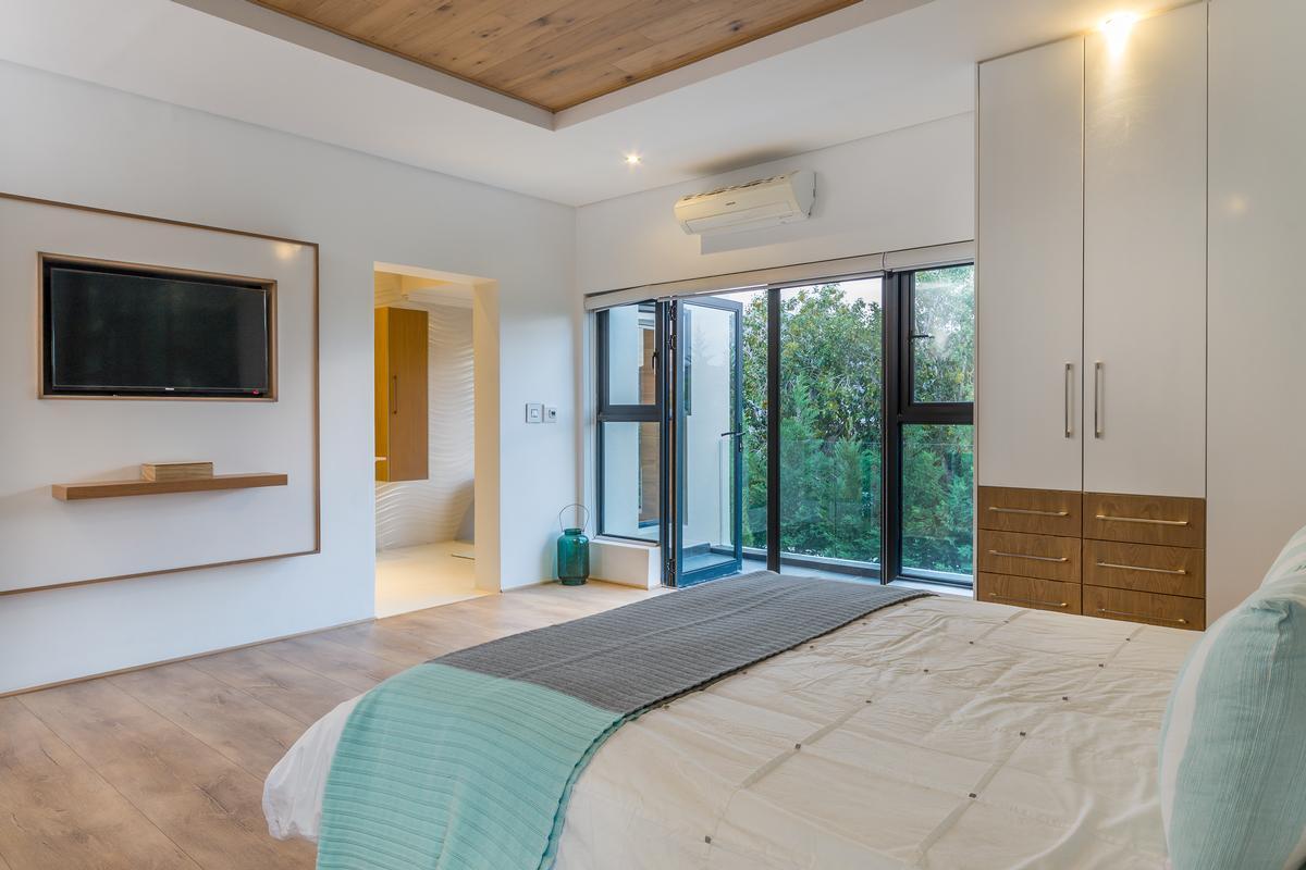 Luxury properties Modern Masterpiece in South Africa