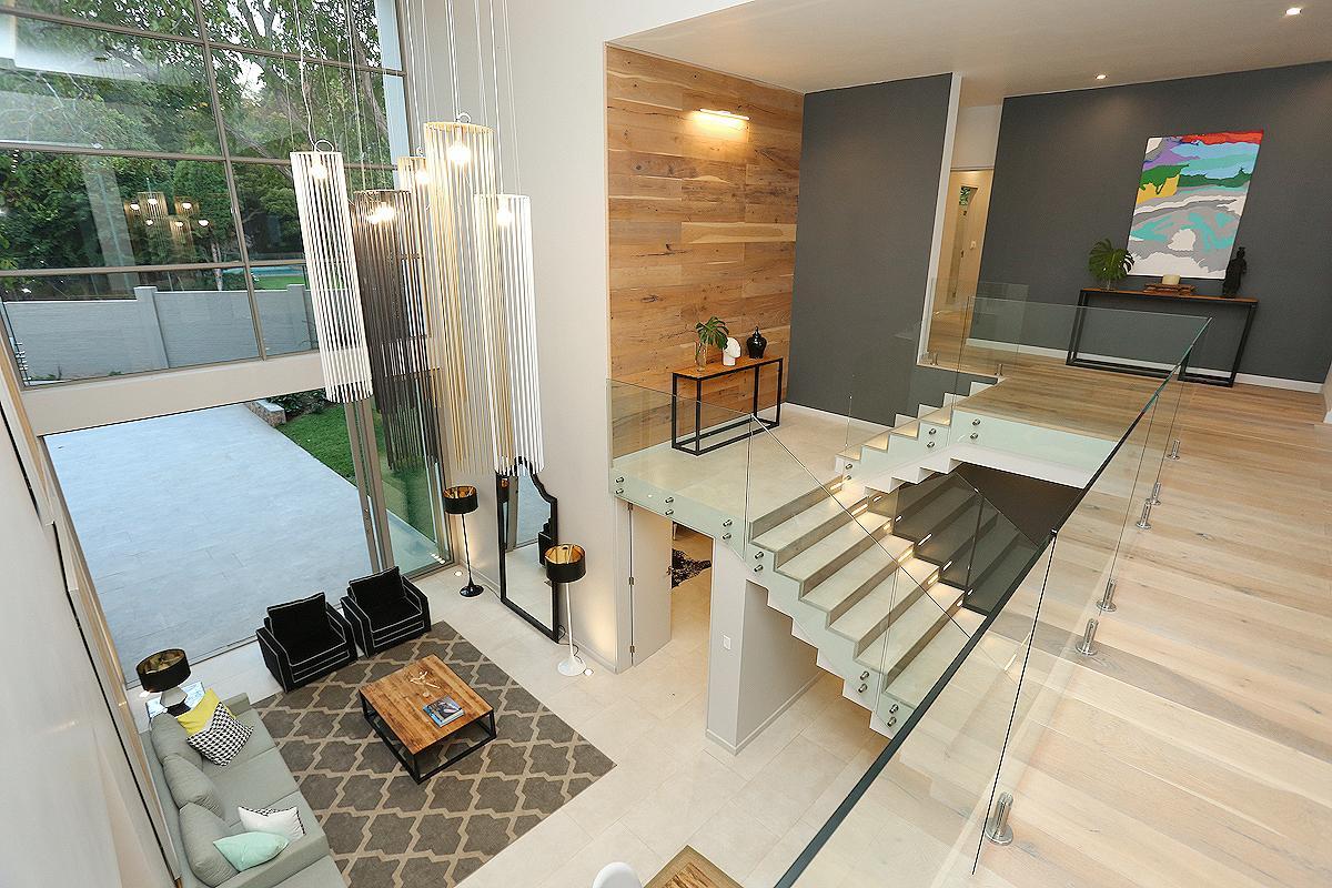 LUXURY IN ABUNDANCE luxury properties