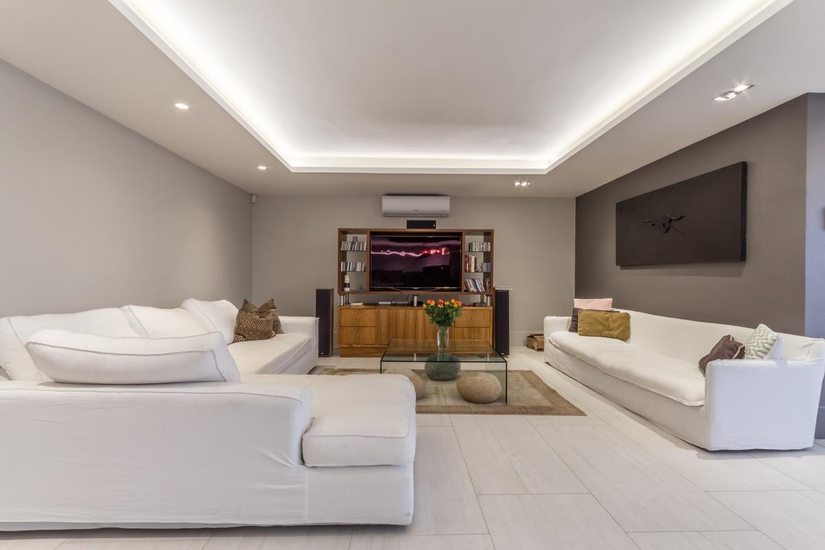 LUXURIOUS LIVING luxury properties