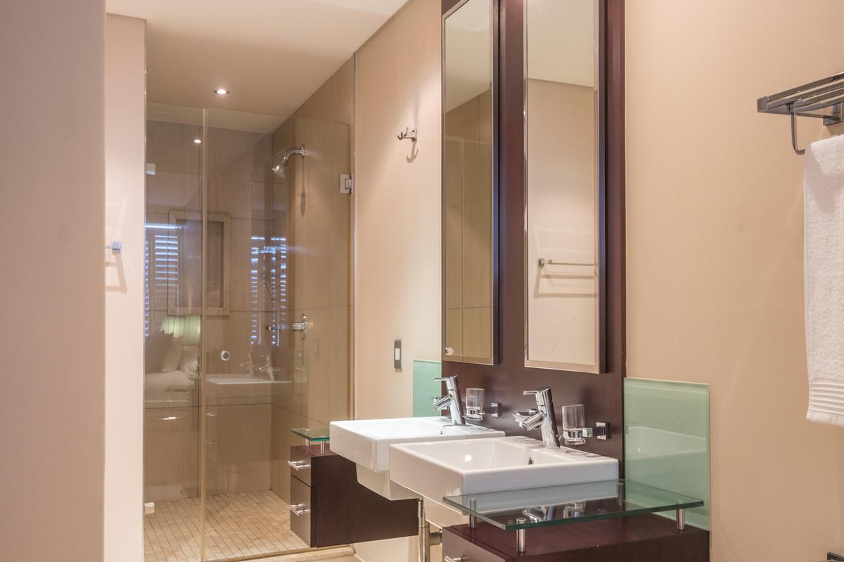 Luxury homes Stunning Simplex
