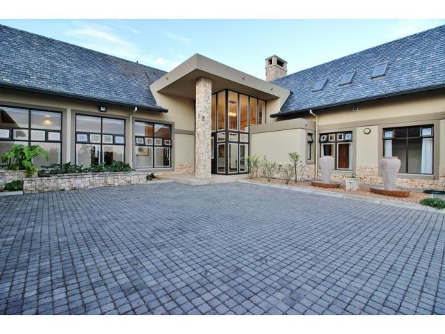 Luxury properties Architectural masterpiece at The Links Golf Estate