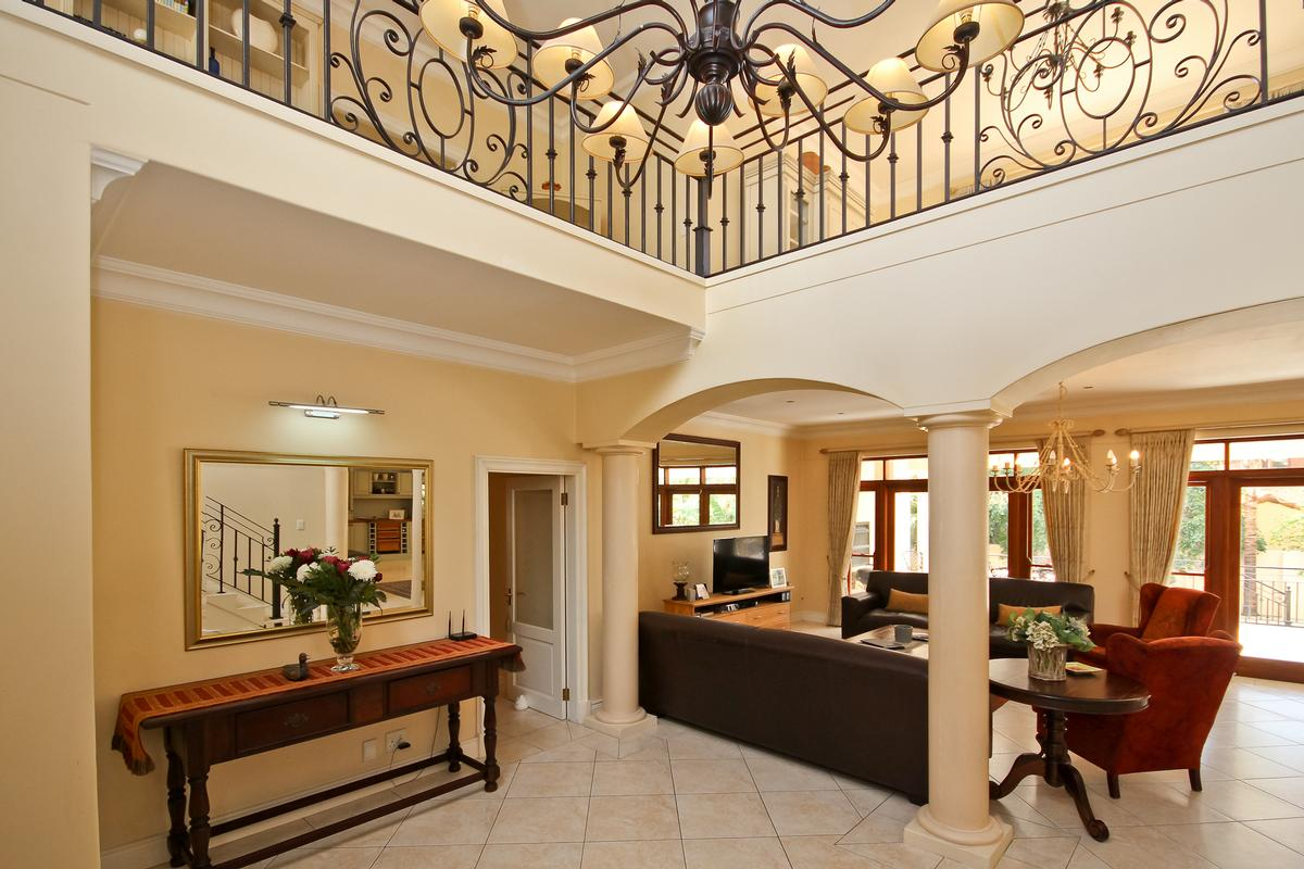Luxury homes Silvertree Splendiour