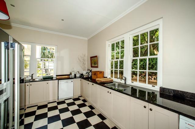 Zwaanswyk luxury homes