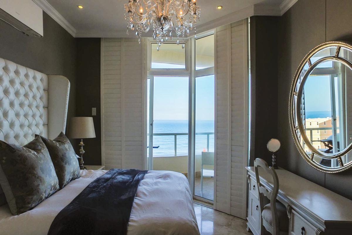Luxury properties Simply Stunning Simplex