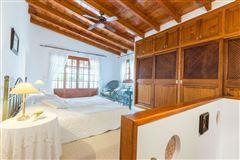 Luxury properties picturesque residence in calvia