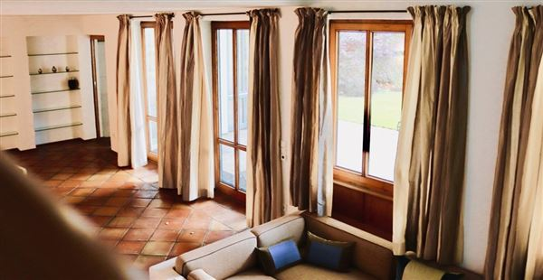 Luxury homes stately villa in serene location