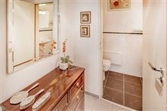 Exclusive bungalow in direct city forest location luxury homes