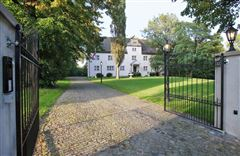 Luxury homes in Exceptional historic castle