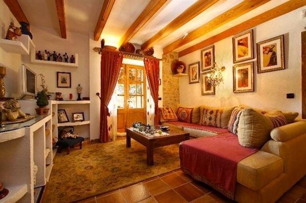Luxury homes in Wonderful Majorcan finca in Pollensa