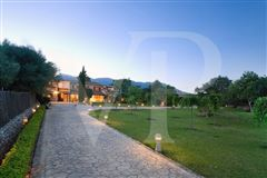 Mansions in Wonderful Majorcan finca in Pollensa