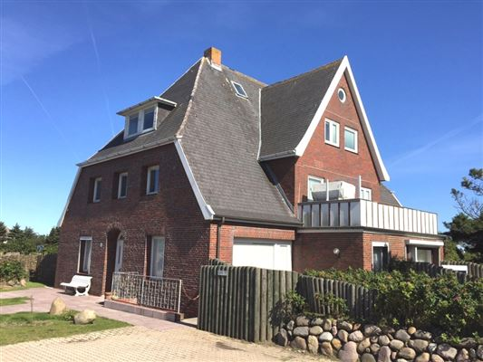 historic house in Kampen luxury homes
