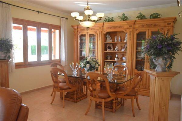 Luxury homes Spacious and charming villa near Palma