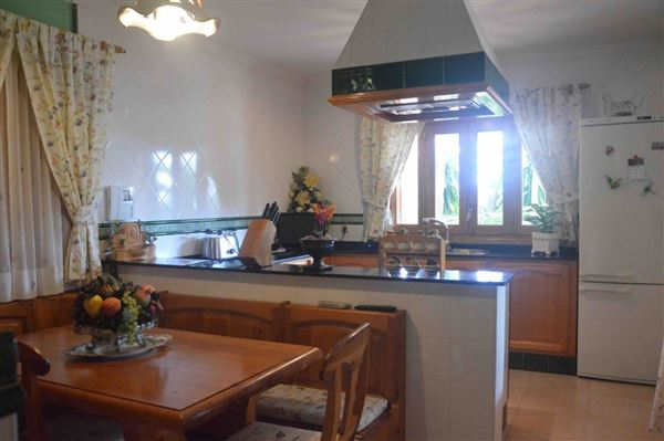 Luxury properties Spacious and charming villa near Palma
