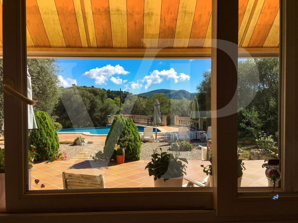 beautifully appointed villa in a lovely setting luxury real estate