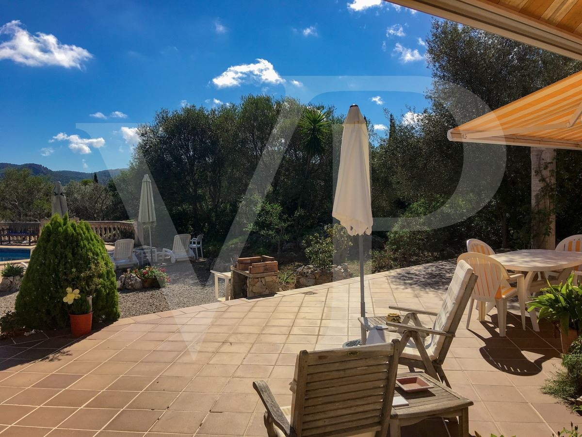 Luxury homes in beautifully appointed villa in a lovely setting