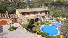 Luxury real estate stately property minutes from picturesque village