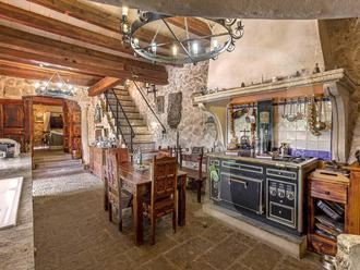 Luxury properties stately property minutes from picturesque village