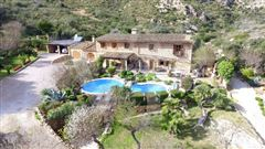 stately property minutes from picturesque village luxury real estate