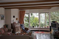 Luxury homes villa with impressive lake view