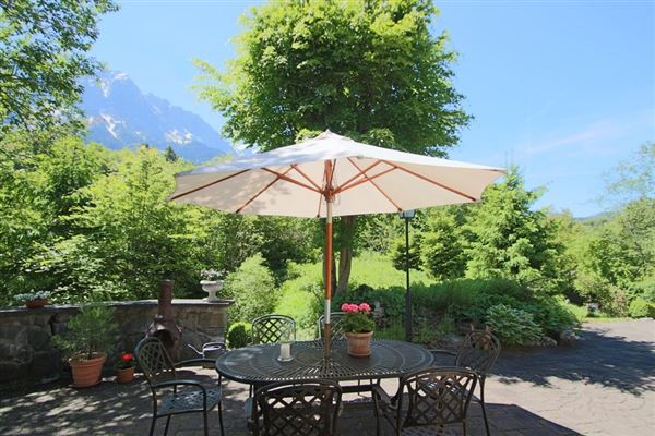 Luxury real estate exceptional property at the foot of the Zugspitze