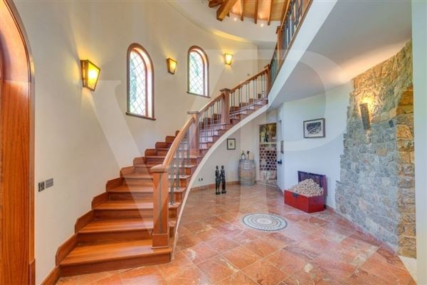 Luxury homes natural stone villa