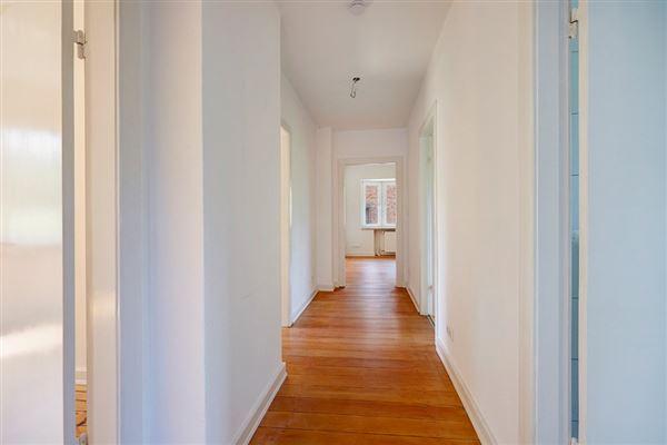 Mansions beautiful versatile property