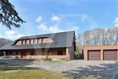 Mansions in  fantastic lake property