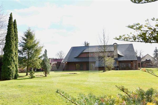 Luxury real estate  fantastic lake property