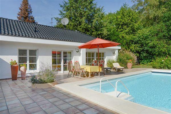 Luxury homes in this exceptional villa is in mülheim saarn