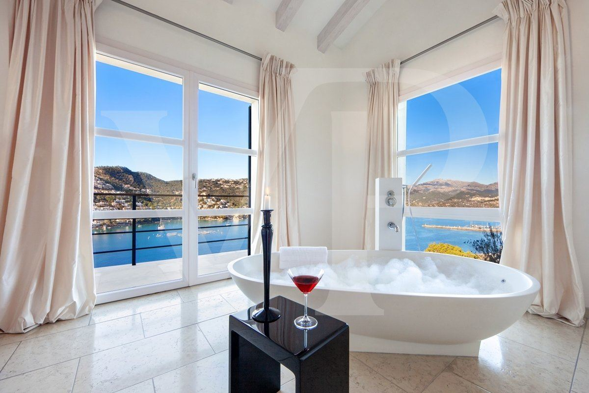spectacular sea view location mansions
