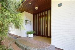 Luxury real estate an exceptional property in an unbeatable location