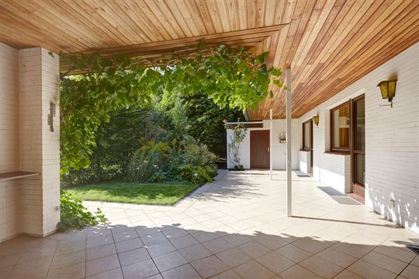 an exceptional property in an unbeatable location luxury homes