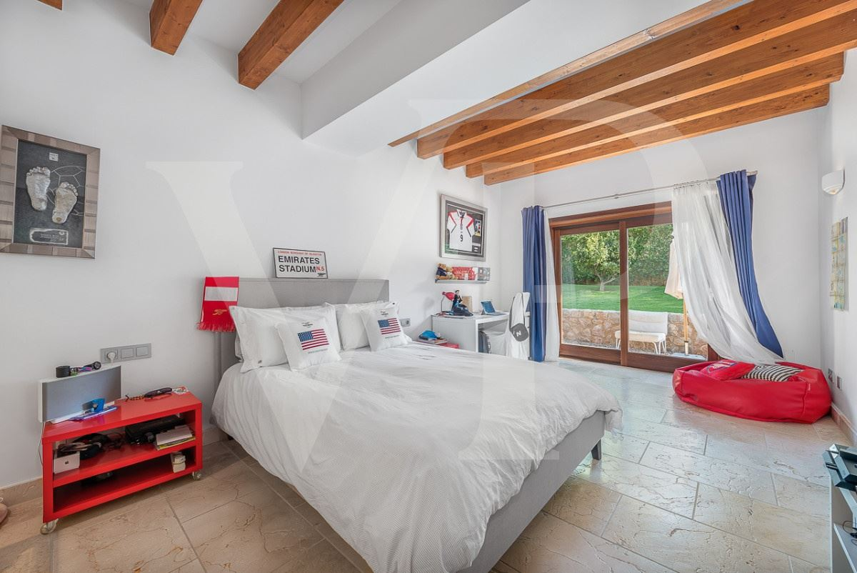 Mansions in enjoy exclusive comfort under the mallorcan sun