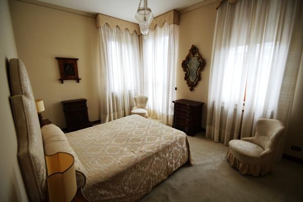 Luxury real estate Elegant apartment in villa Liberty