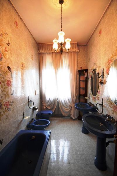 Elegant apartment in villa Liberty luxury properties