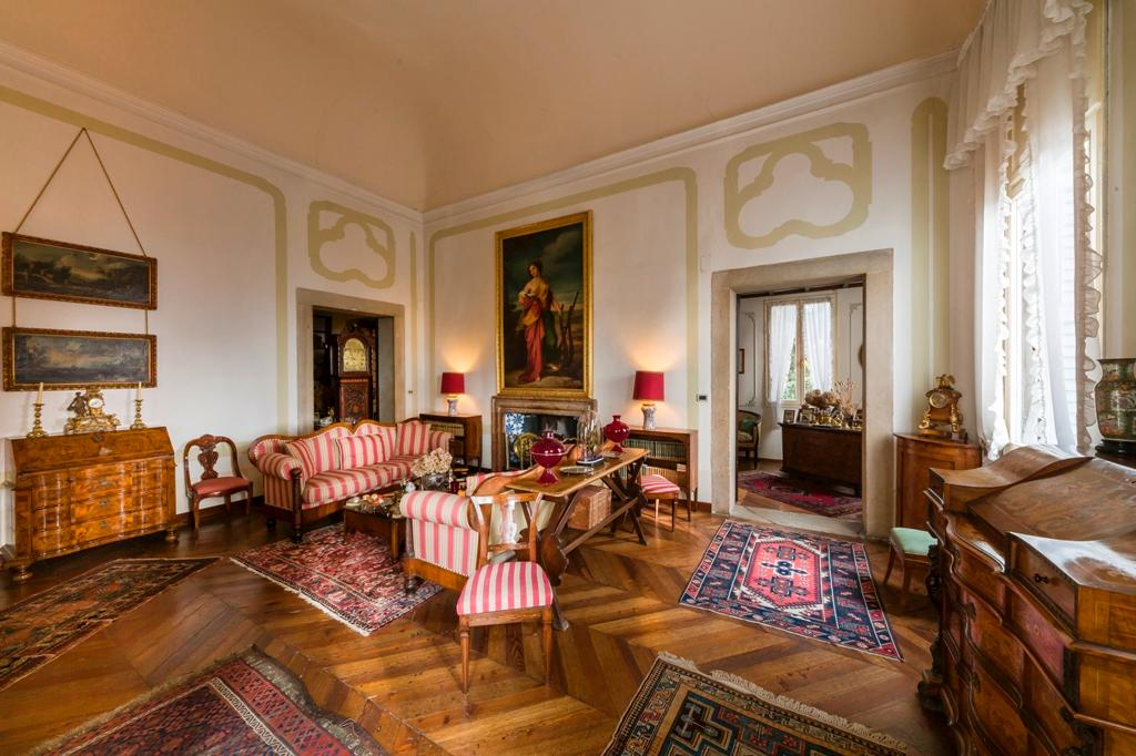 Venetian Villa in Conegliano luxury homes