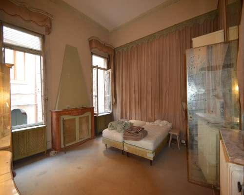 Luxury real estate Piano Nobile in Palace