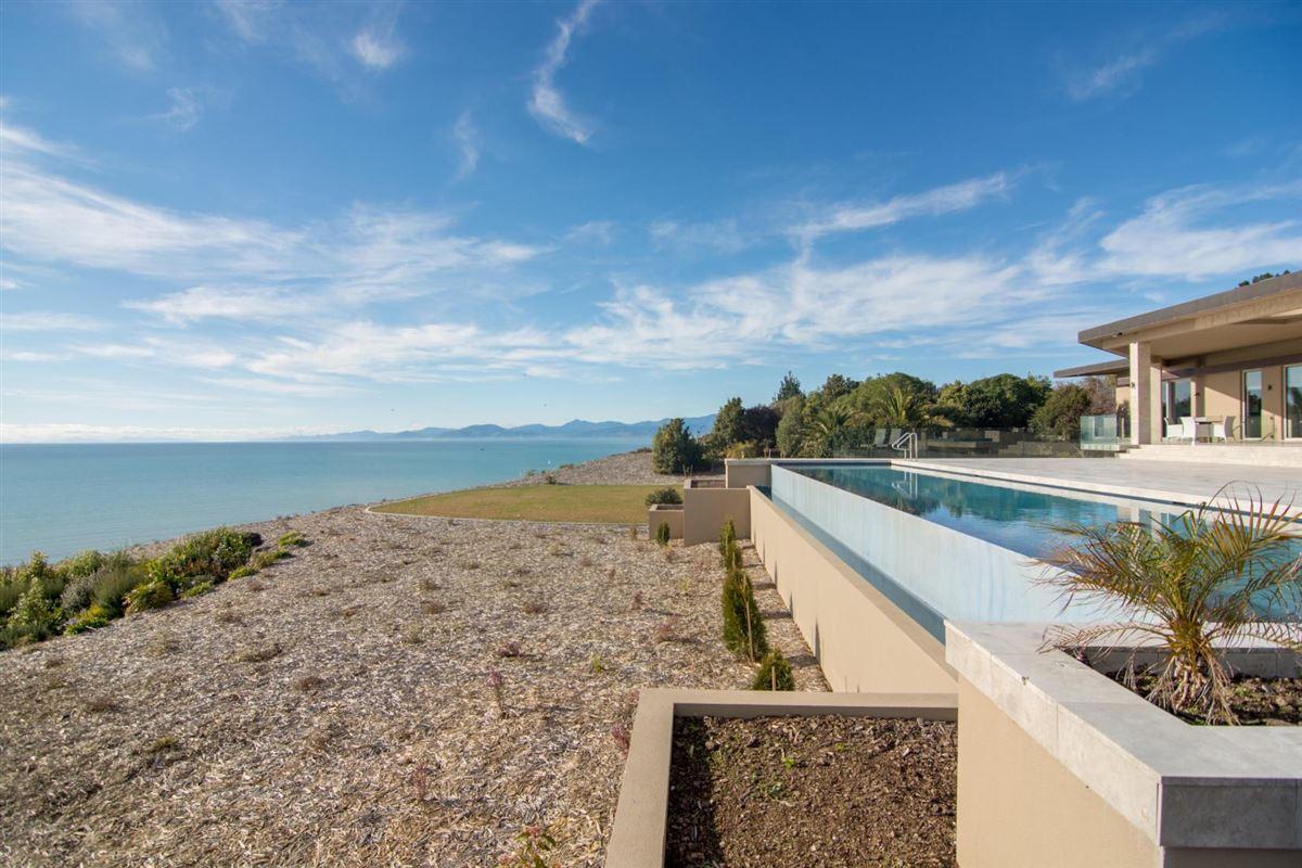 Luxury properties elegant oasis