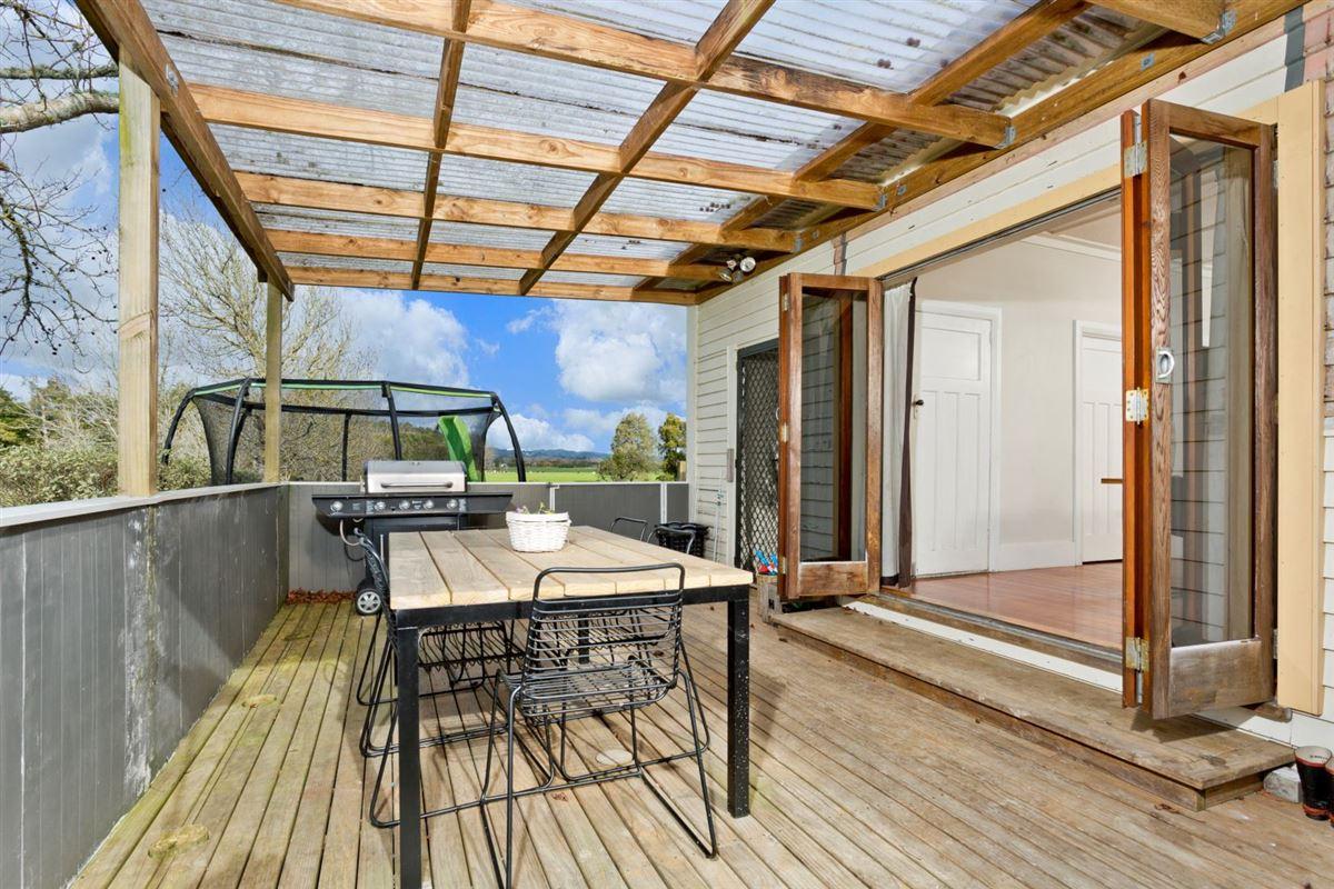 Luxury properties superb 100 acre farm
