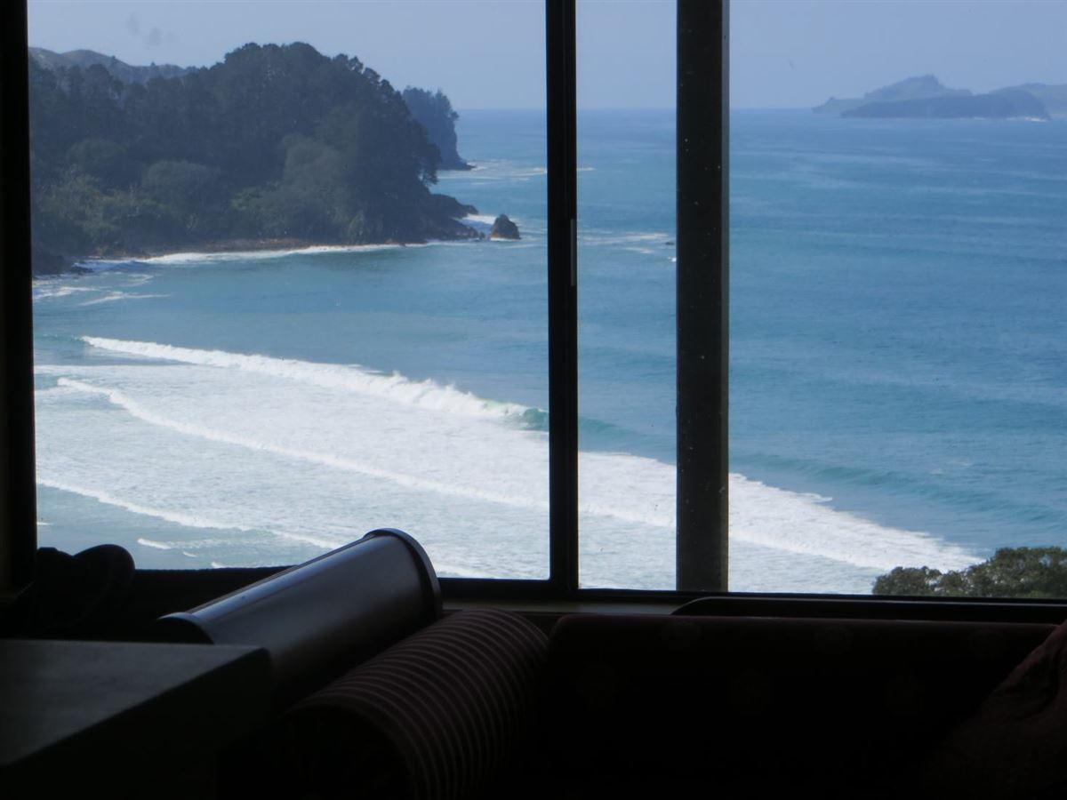 Luxury homes Spectacular panoramic view of Onemana