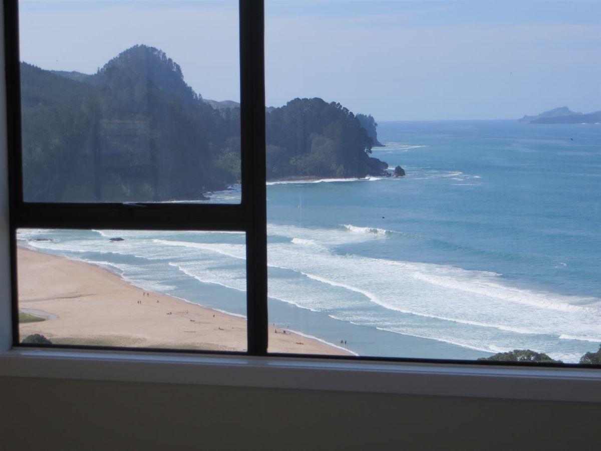 Luxury properties Spectacular panoramic view of Onemana