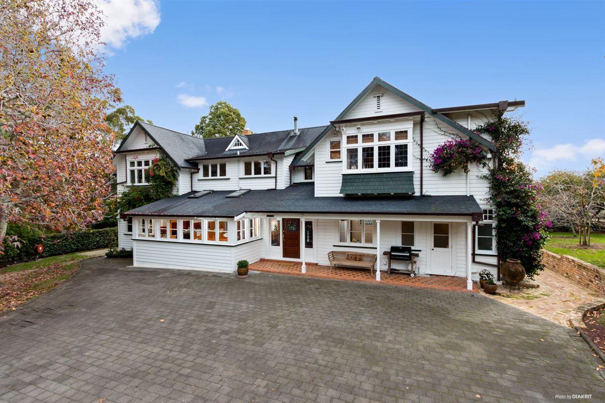 AYALA - The Unexplored Kiwi Treasure luxury homes