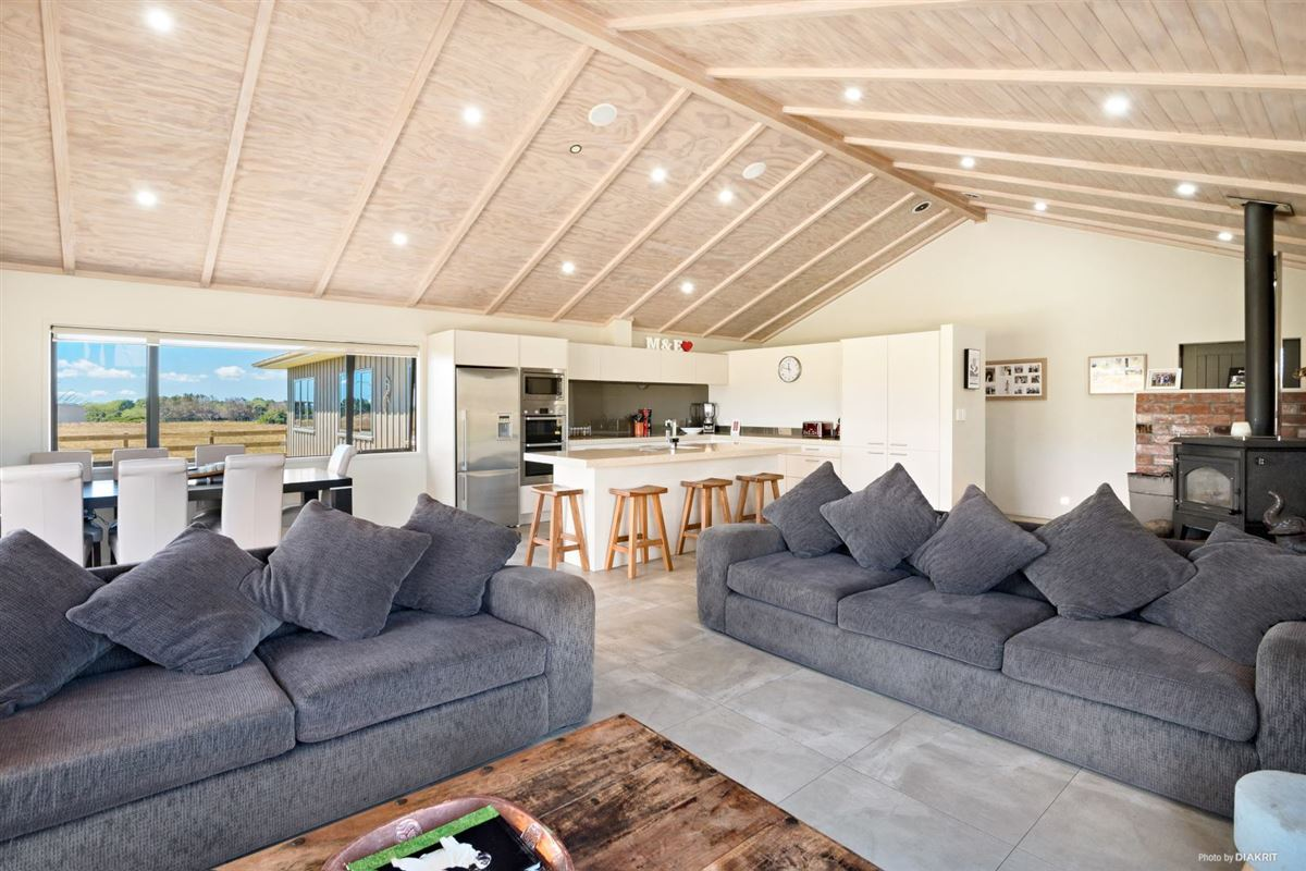 Stunning designer home luxury homes