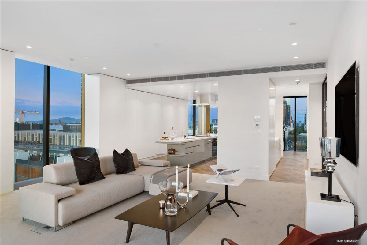 The Penthouse at 132 Halsey luxury properties