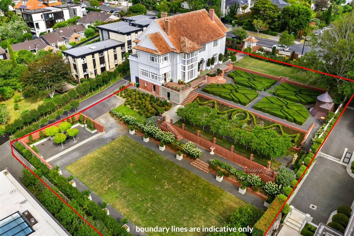Luxury properties historic Remuera estate