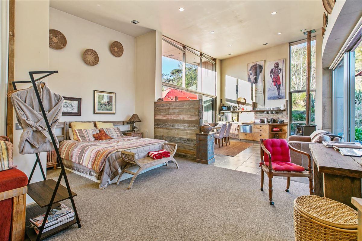 Luxury properties Koru House in auckland